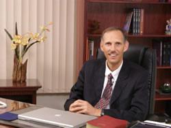 Pr. David Gates